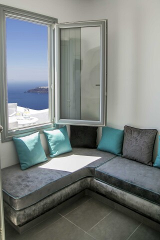 Executive Suite with outdoor Jacuzzi villa lukas lounge