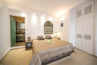 deluxe duite with outdoor jacuzzi villa lukas room
