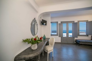 executive suite with outdoor jacuzzi villa lukas sea view